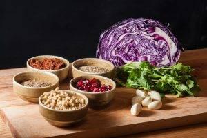 Грузинский салат из красной капусты - 0