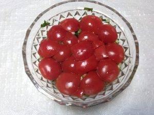 Салат из белой фасоли в томатном соусе - 1