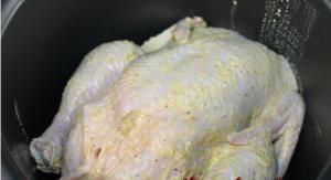 Курица, фаршированная картофелем, в мультиварке - 0