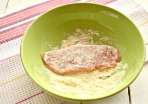 Шницель из куриного филе с сыром - 2