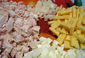 Легкий салат из куриной грудки со стручковой фасолью - 0