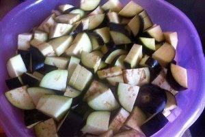 Баклажаны с помидорами и чесноком на зиму - 1