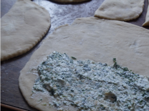 Сырные лепешки со шпинатом и творогом - 1