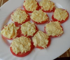 Помидоры с сыром и чесноком - 1
