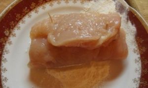 Куриные рулеты с салом и чесноком - 3