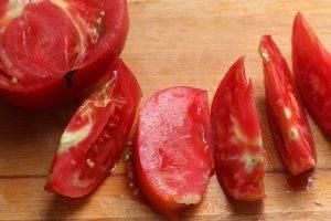 Салат на помидорах со шпинатом - 0