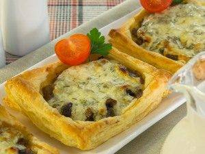Тарты с грибами под сметанно-сырным соусом - 3