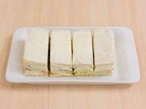 Закусочные пирожные из слоеного теста, форели и авокадо - 4