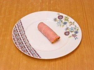 Бутерброды с рулетиками из ветчины и салатом - 6