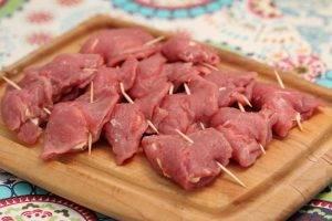 Фаршированные свиные отбивные сыром - 0