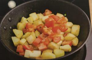 Фрикадельки с итальянскими травами и овощным рагу - 3