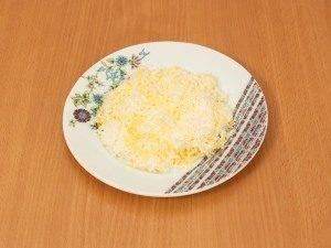 Салат «Крабик» с чипсами - 1