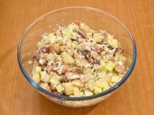 Салат с селедкой, картофелем и яблоком - 6