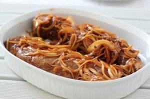 Свиная вырезка с луком и соевым соусом - 1