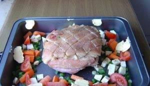 Свинина с хрустящей кожей в духовке - 1