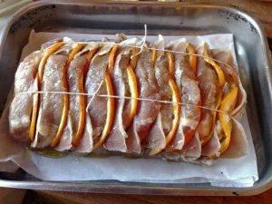 Свиная корейка с апельсинами в духовке - 2