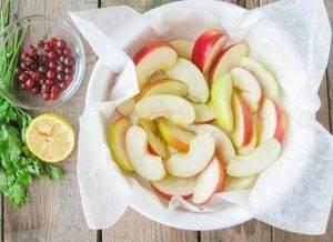 Куриные бедра, запеченные с яблоками - 2