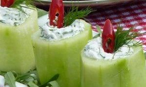 Закусочные фаршированные огурцы «Свечи» - 2
