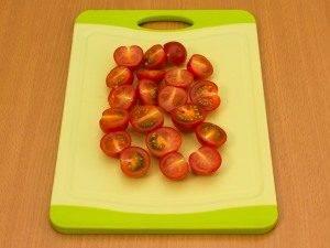 Салат с помидорами и тунцом - 0