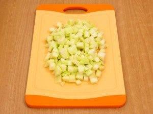 Салат с сельдереем, яблоком и куриным филе - 6
