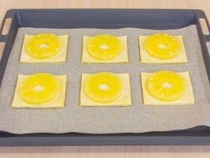 Слойки с ананасами - 2