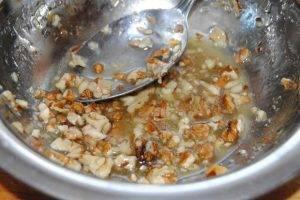 Фруктовая закуска с сыром и орехами - 4