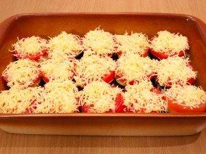 Баклажаны, запеченные с помидорами и сыром - 1