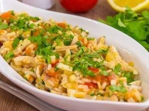 Кальмары с рисом и помидорами - 4