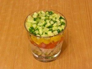 Салат с семгой, авокадо и рисом - 6