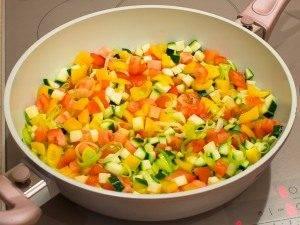 Рыба, тушенная в овощах - 3