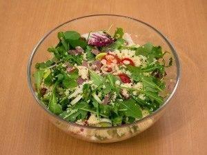 Салат с мясом, кускусом и черри - 6