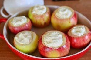 Печеные яблоки с творогом - 2