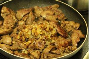 Перловая каша с куриной печенкой - 1