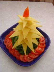 Новогодняя ёлка из сыра - 5