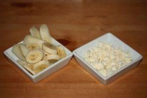 Творог с бананом и грушей - 1