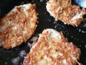 Курица в корочке из сухарей и сыра, с горчицей и соевым соусом - 11