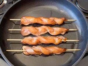Шашлык из куриной грудки, приготовленный в духовке - 1