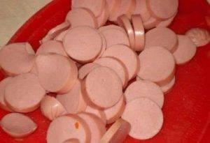 Солянка мясная в горшочках - 1