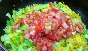 Каннеллони с курицей и овощами под сырным соусом - 1