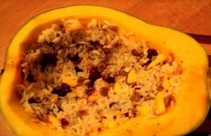 Фаршированная рисом курица, запеченная в тыкве - 3