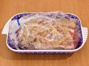 Свинина, запеченная с чесноком - 3