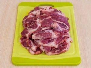 Мясо с картофелем под майонезом - 5