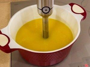 Тыквенный суп-пюре с ароматными сухариками - 4