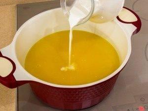 Тыквенный суп-пюре с ароматными сухариками - 5