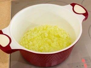 Тыквенный суп-пюре с ароматными сухариками - 0