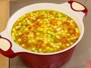 Суп с овощами, макаронами и куриным филе - 5