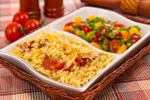 Курица, тушенная с рисом и овощами - 5