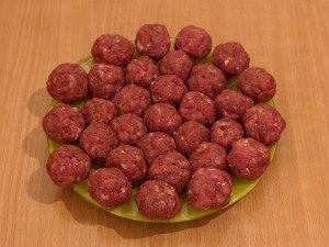 Макароны с фрикадельками - 1