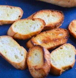 Бутерброды с ветчиной и зеленым горошком - 0
