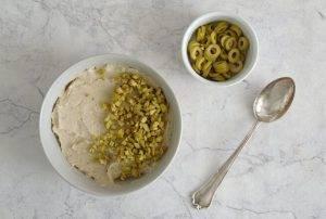 Канапе с фасолью и оливками - 1